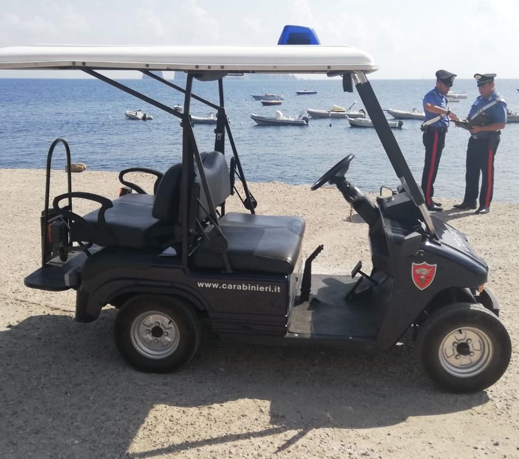 Stromboli (ME): Sbarca dall'aliscafo e tenta di disfarsi della droga. Arrestato dai Carabinieri