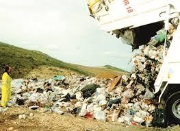 Nuova emergenza rifiuti, il sindaco Formica accusa il governo Musumeci