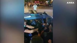 MASSA CARRARA – IN CORSO DI ESECUZIONE MISURE CAUTELARI PER L'AGGRESSIONE ALLE VOLANTI DELLA POLIZIA DI STATO NELLA SERATA DEL 23 AGOSTO