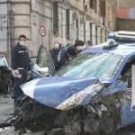 Gioisce su Facebook per la morte del poliziotto a Napoli. La Polizia di Stato denuncia una donna del cagliaritano. Che motivazioni irrazionali può avere un così viscerale odio?