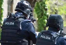Taranto, Direzione Distrettuale Antimafia (Lecce): 22 soggetti arrestati per reati mafiosi